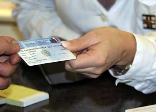 Richiedere tessera sanitaria per gli stranieri come fare a for Tessera sanitaria per extracomunitari senza permesso di soggiorno